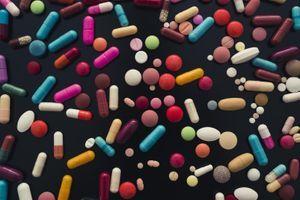 Médicaments à éviter : la revue Prescrire actualise sa liste noire