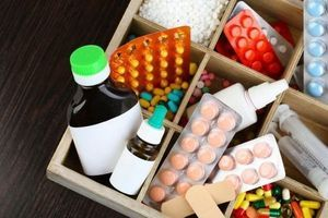 Médicaments : consommation stable et progression des génériques en 2013