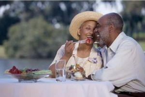 Bien manger aide à préserver l'autonomie chez les seniors