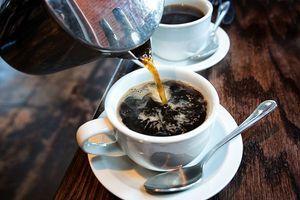 Boire deux tasses de café par jour permettrait de vivre plus longtemps