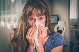 E319 : l'additif alimentaire qui rendrait plus vulnérable à la grippe
