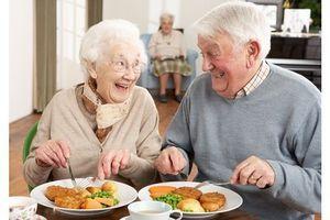 La nutrition souvent sacrifiée dans les maisons de retraite