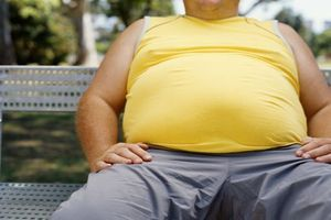 Obésité : une étude compare l'efficacité et la tolérance de 5 médicaments