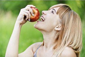 Trop de pesticides dans les pommes, alerte Greenpeace