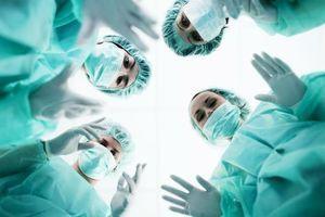La musique dans les blocs opératoires aiderait les chirurgiens à être plus efficaces