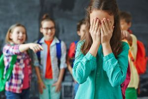 Les élèves victimes de harcèlement scolaire seraient de plus gros consommateurs d'analgésiques