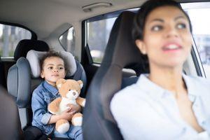 Les petits mensonges des parents peuvent-ils nuire au bien-être émotionnel des enfants ?