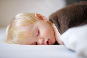 Sommeil : les recommandations des experts pour la santé des enfants