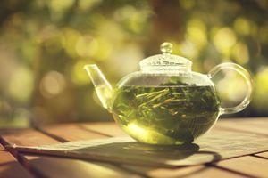 Le thé à la menthe poivrée booste la mémoire et la vigilance