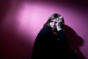 Troubles mentaux: 12% des femmes et 6% des hommes en activité touchés
