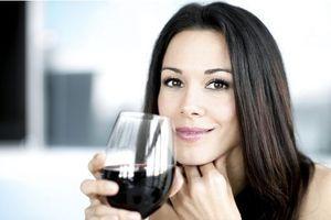 Un verre de vin quotidien : la nouvelle solution anti-déprime