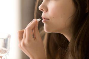 """Plus de la moitié des adolescents confrontés à un """"triple fardeau"""" sanitaire"""