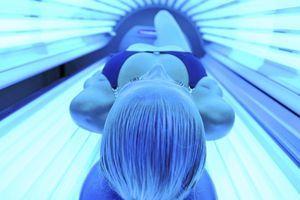 L'Agence de sécurité sanitaire demande l'interdiction des cabines UV