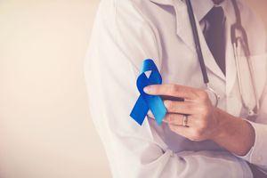 Cancer colorectal : un tuto humoristique pour expliquer comment réaliser son dépistage