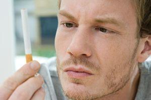 Cancer de la peau : les fumeurs réduiraient leur chance de survie