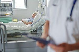 Cancer du côlon : des soins deux fois plus chers aux Etats-Unis qu'au Canada