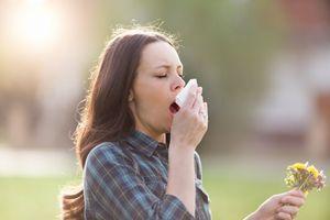 """Pollens : 26 départements en alerte rouge à cause d'un risque d'allergie """"très élevé"""""""