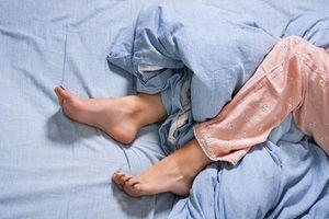 Douleurs chroniques : le soulagement vient en dormant plus