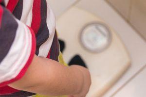 Une étude révèle de nombreux facteurs liés à l'obésité infantile