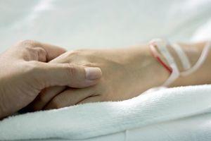 Fin de vie : L'Ordre des Médecins favorable à une sédation terminale dans des cas exceptionnels