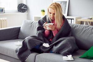 Épidémie de grippe : 1800 décès, 14000 passages aux urgences et des hôpitaux débordés