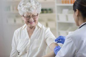 Grippe : mobilisation pour faire progresser le taux de vaccination