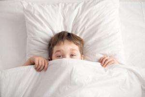 Journée de l'énurésie (30/5) : des solutions existent contre le pipi au lit