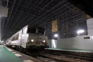 Le chantier de la gare d'Austerlitz à l'arrêt pour un problème de plomb