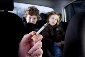 Le tabagisme passif aurait un impact sur le poids et l'intelligence des enfants
