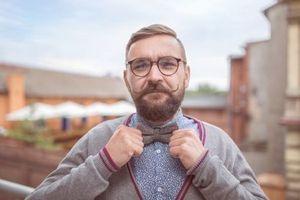 Moustache et course au poil pour améliorer la santé au masculin