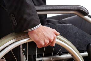 Paralysie : e-dura, l'implant neuronal qui pourrait faire remarcher