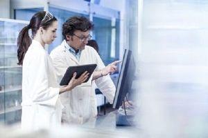 Parkinson : les pistes de recherche se multiplient pour améliorer les traitements