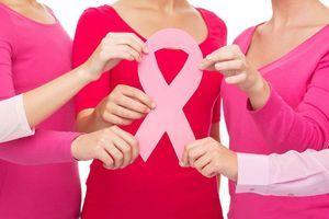 """Plan cancer : 400.000 cas par an, """"la mobilisation reste nécessaire"""""""