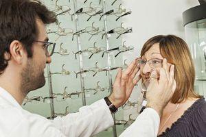 Plus de 3 Français sur 4 jugent le coût des lunettes trop élevé