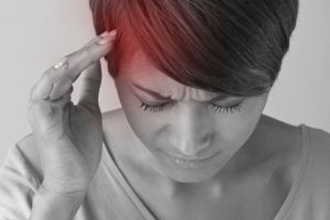Migraines : des bactéries buccales pourraient jouer un rôle dans le déclenchement des crises