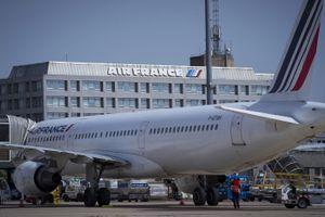 Virus chinois : à Paris, les derniers passagers arrivés de Wuhan racontent