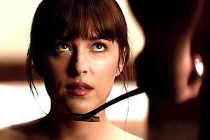 """Cravache : Le film """"50 nuances plus sombres"""" a fait bondir les ventes"""