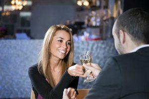 59% des Français ont déjà été invités à un rendez-vous amoureux par une femme