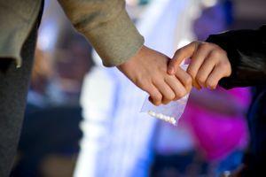 """Le """"ChemSex """" : faire l'amour sous drogue, une tendance qui inquiète"""