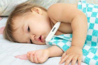 Fièvre de bébé : les bons gestes