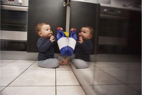 Accidents domestiques : 15 réflexes à adopter pour protéger Bébé