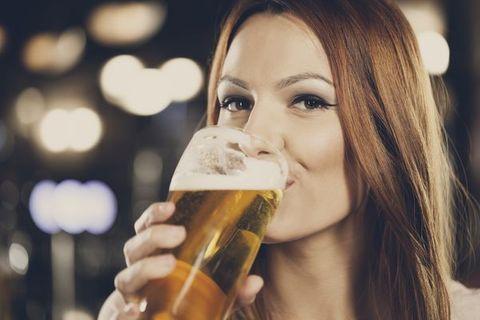 Vrai/faux : 12 idées reçues sur la bière