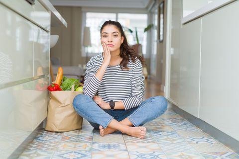 Ces 10 aliments qui provoquent la migraine