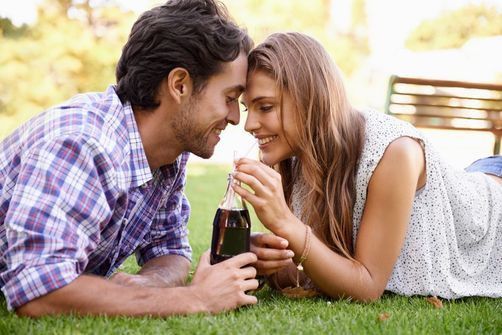 soda couple