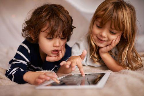 tablettes et écrans privent les bébés de sommeil