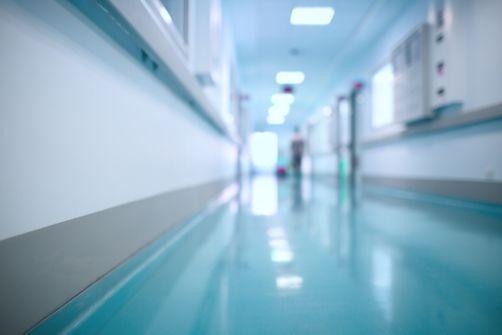 Hôpital psychiatrique de Rouen : des mineures enfermés avec des adultes