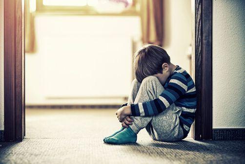 Violences faites aux enfants : des outils pour agir et les prévenir