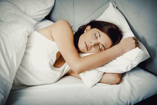 Pourquoi certaines personnes peuvent dormir moins de 6 heures par nuit et pas vous ?