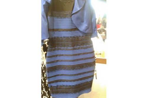 e5a167fef94 De quelle couleur voyez-vous cette robe