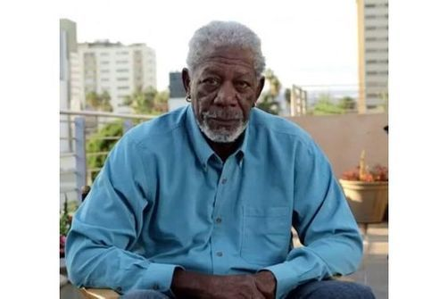 Morgan Freeman, clip de One